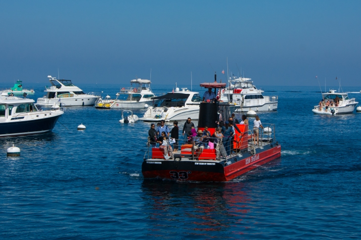 Catalina Adventure's semi-submersible boat tour